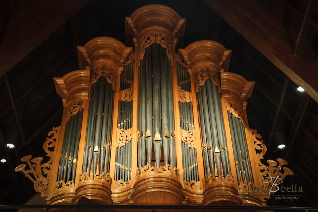 (Pipe organ at the Episcopal Church of the Advent, Spartanburg, SC)